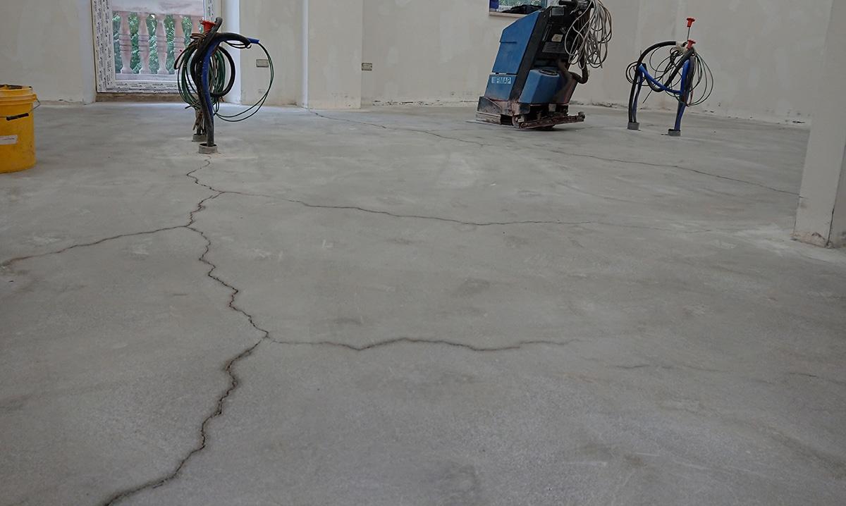 Crepe da ritiro pavimento in cemento